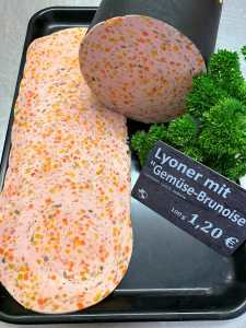 "Lyoner mit Gemüse ""Brunoise"""